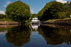 Naburn-Lock-Reflective-Boat