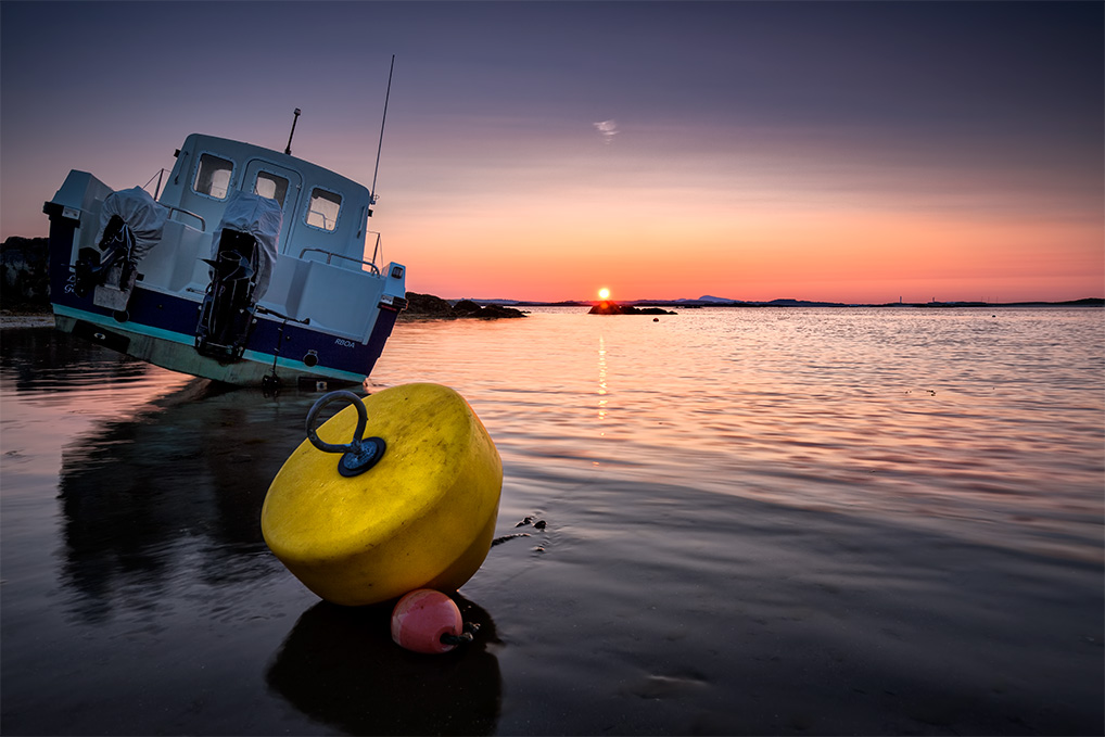 Rhosniegr-Boat-n-Boy