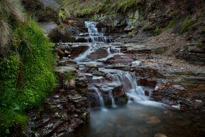 Edale-Falls-WEB.jpg