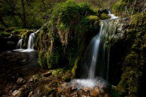 Waterfall-Lathkill-4.jpg