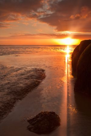 Spurn-Point-Sunset-Rays.jpg