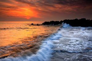 Wave N Rocks